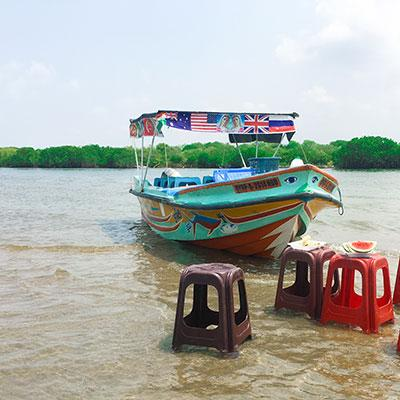 Negombo City Tour & Lagoon Boat Trip with Lunch